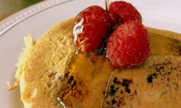 vegan raspberry vanilla almond pancakes