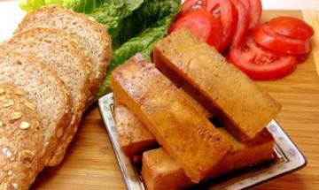 vegan baked teriyaki tofu sandwich