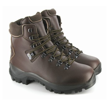 Finding the Perfect Pair of Vegan Hiking Boots - GardenDish.com