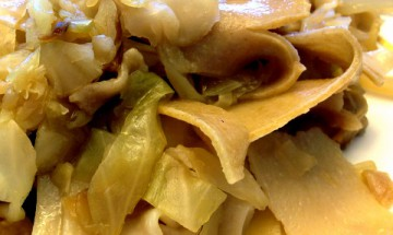 vegan slow cooker cabbage noodles